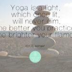 5 Tibetanen Yoga – Blijf jong, fit en energiek!