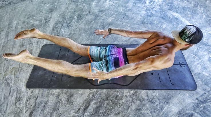 yoga houdingen bij vermoeidheid